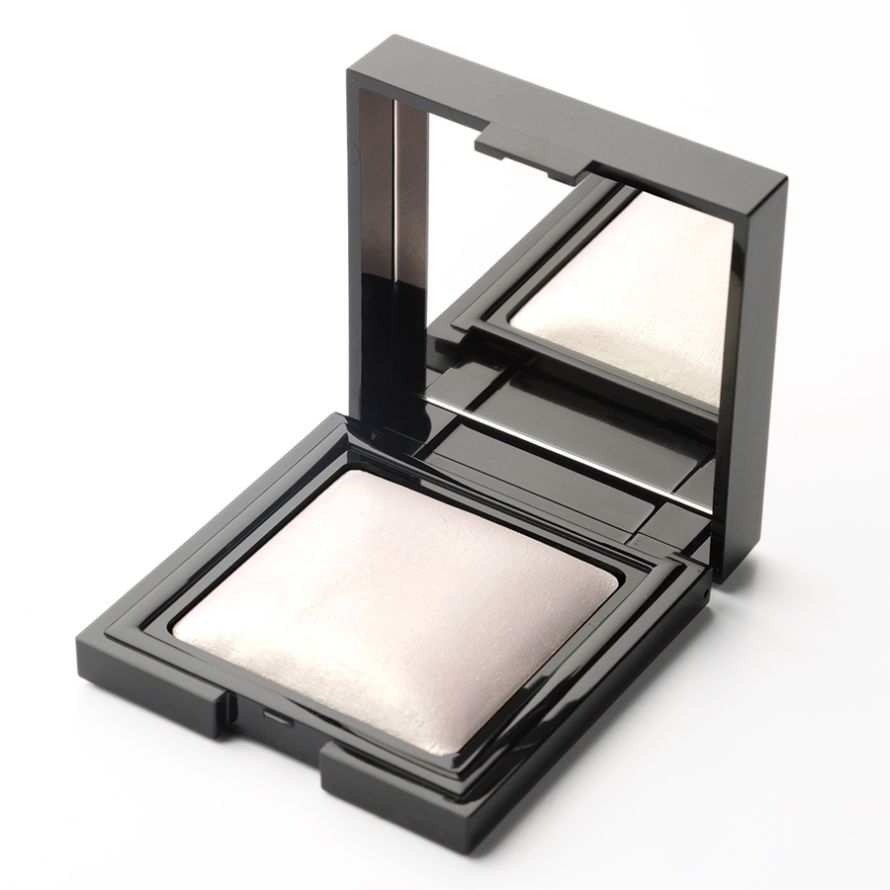 HIGHLIGHTER GLOSSY BAKED POWDER 02